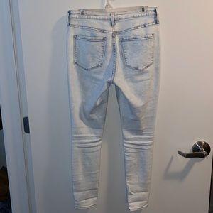 Size 6 Old Navy rockstar skinny jeans